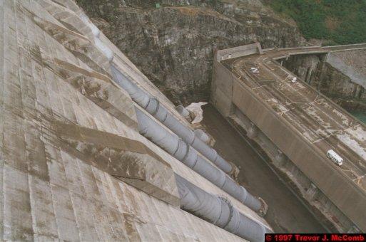 U.S.A.~Canada 246 ~ British Columbia 226 ~ Revelstoke Dam 09