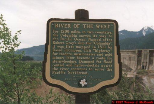 U.S.A.~Canada 253 ~ British Columbia 233 ~ Revelstoke Dam 16