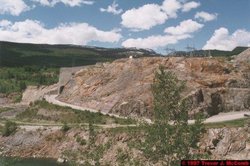 U.S.A.~Canada 282 ~ British Columbia 262 ~ Revelstoke Dam 28