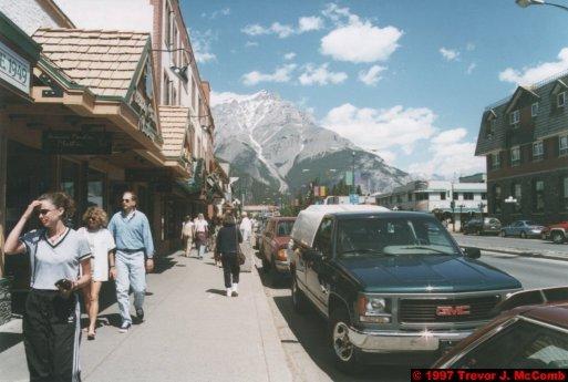 U.S.A.~Canada 512 ~ Alberta 013 ~ Banff 11 ~ Banff Avenue