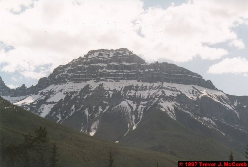 U.S.A.~Canada 539 ~ Alberta 040 ~ From Banff To Lake Louise 01