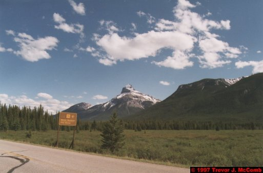 U.S.A.~Canada 552 ~ Alberta 053 ~ From Banff To Lake Louise 14