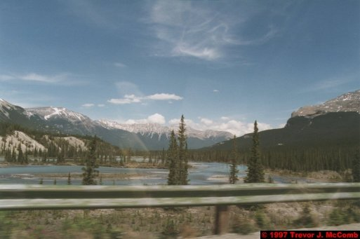 U.S.A.~Canada 659 ~ Alberta 160 ~ From Lake Louise To Athabasca Glacier 73