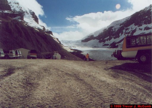 Canada 111 ~ Alberta 083 ~ Jasper National Park 83 ~ Icefield Parkway 08 ~ Athabasca Glacier 4 ~ Angela