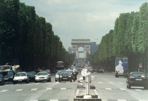 France 016 ~ Ile-de-France 016 ~ Paris 016 ~ 1er Arr. 07 ~ Place de la Concorde 2 ~ Avenue Des Champs Élysées 2 ~ L'Arch de Triomphe 02