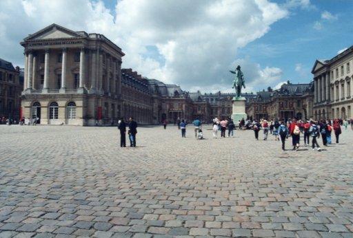 France 049 ~ Ile-de-France 049 ~ Versailles 05 ~ Palais de Versailles 05 ~ Cour des Ministres 4 ~ Cour Royal 1 ~ Château de Versailles 02 ~ Louis XIV Statue