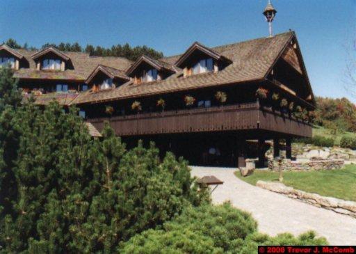 Canada~U.S.A. 149 ~ Vermont 019 ~ Von Trapp Lodge 07