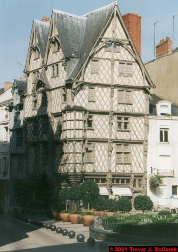 France 198 ~ Pays-de-la-Loire 117 ~ Angers 20 ~ Place Sainte ~ Maison de Adam