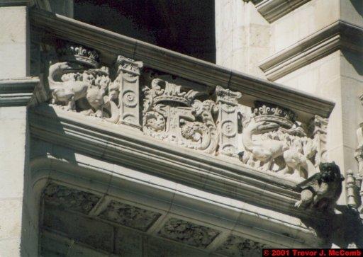 France 370 ~ Centre 133 ~ Blois 11 ~ Château 11 ~ L'aile François I 04 ~ Detail ~ Staircase 3
