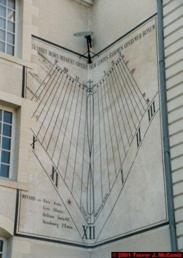 France 410 ~ Centre 173 ~ Blois 51 ~ Hôtel de Ville 7 ~ Sundial