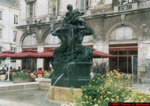 France 473 ~ Centre 236 ~ Orléans 04 ~ Place St. Croix 4
