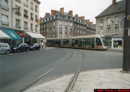 France 487 ~ Centre 250 ~ Orléans 18 ~ Place du Géneral de Gaille 4 ~ Tram 3