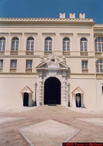 Monaco 017 ~ Monaco Ville 11 ~ Place du Palais 07 ~ Palais Princier 3 ~ Guards 1