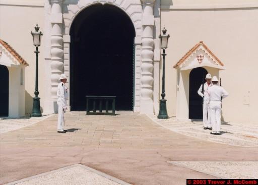 Monaco 018 ~ Monaco Ville 12 ~ Place du Palais 08 ~ Palais Princier 4 ~ Guards 2