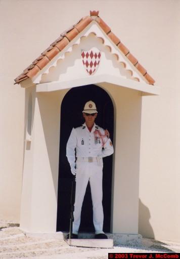 Monaco 020 ~ Monaco Ville 14 ~ Place du Palais 10 ~ Palais Princier 6 ~ Guards 4